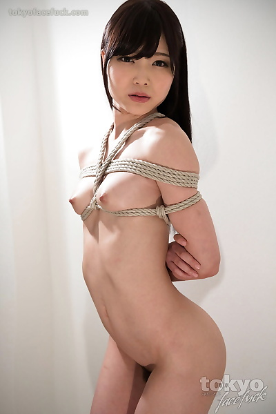 Naked Japanese feminine is..