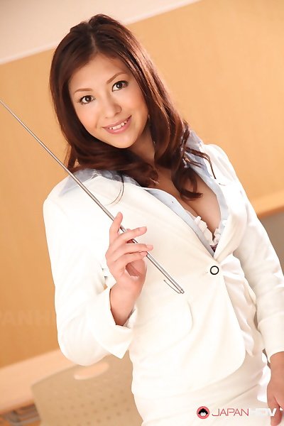 Well done Japanese MILF in..